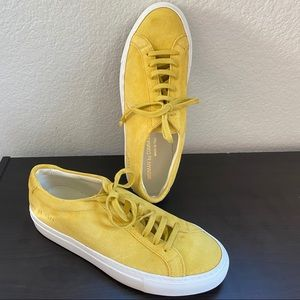 WOMAN by COMMON PROJECTS yellow suede sneakers 37